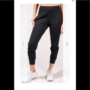 Yogalicious joggers black size L & XL